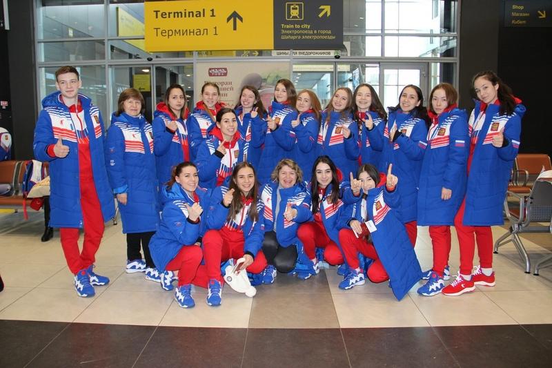 Команда по синхронному катанию на коньках «Татарстан», вылет на Универсиаду в г. Красноярск